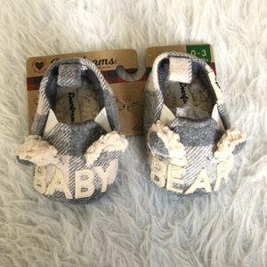 NWT Baby Dearfoam plaid baby bear slippers
